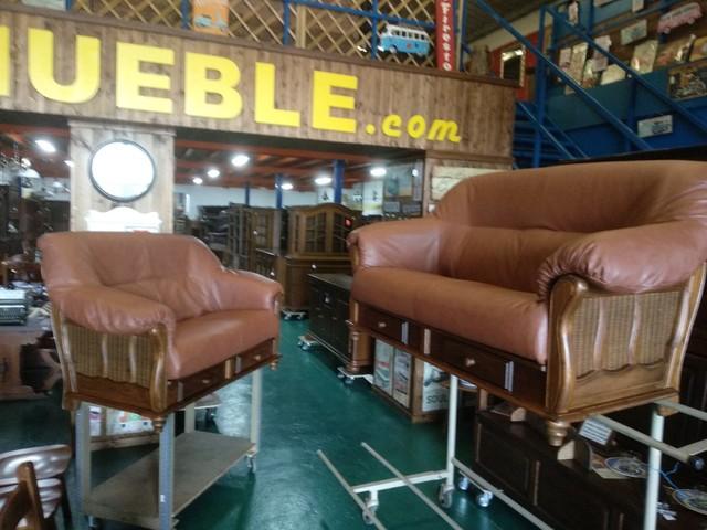 CONJUNTO DE SOFAS 3 + 2 ESTRUCTURA MADERA DE ROBLE  PK-1/36