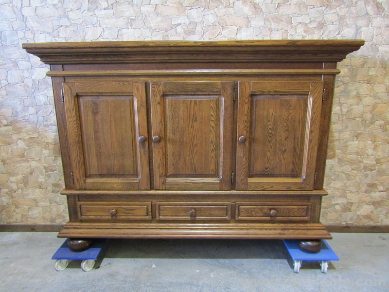 BUFFET ROBLE 3 PUERTAS  BR-5/46
