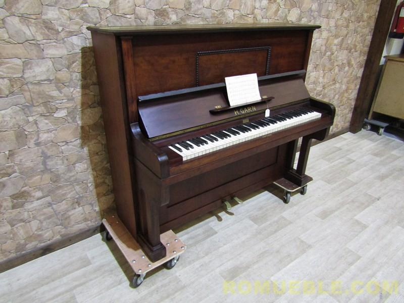 PIANO ANTIGUO  E-12/3B